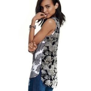 CAbi Black and White Floral Tank Style 3057 Size M